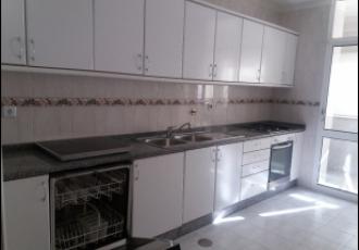 Apartamento T3 - em zona residencial de excelência