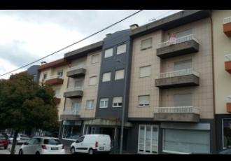 Apartamento T3 c/ novo em Tarouca